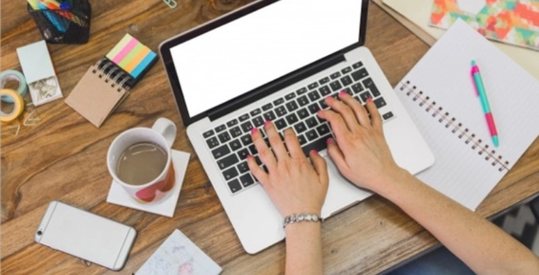 3 Professional Email Examples